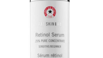 The One Anti-Aging Serum Dermatologists Swear By To Fake A Face Lift
