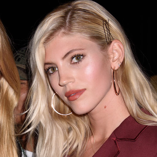 We Can't Believe Devon Windsor Got Away With Wearing Bikini Bottoms THIS Racy On Instagram--Her Butt Is Hanging Out!