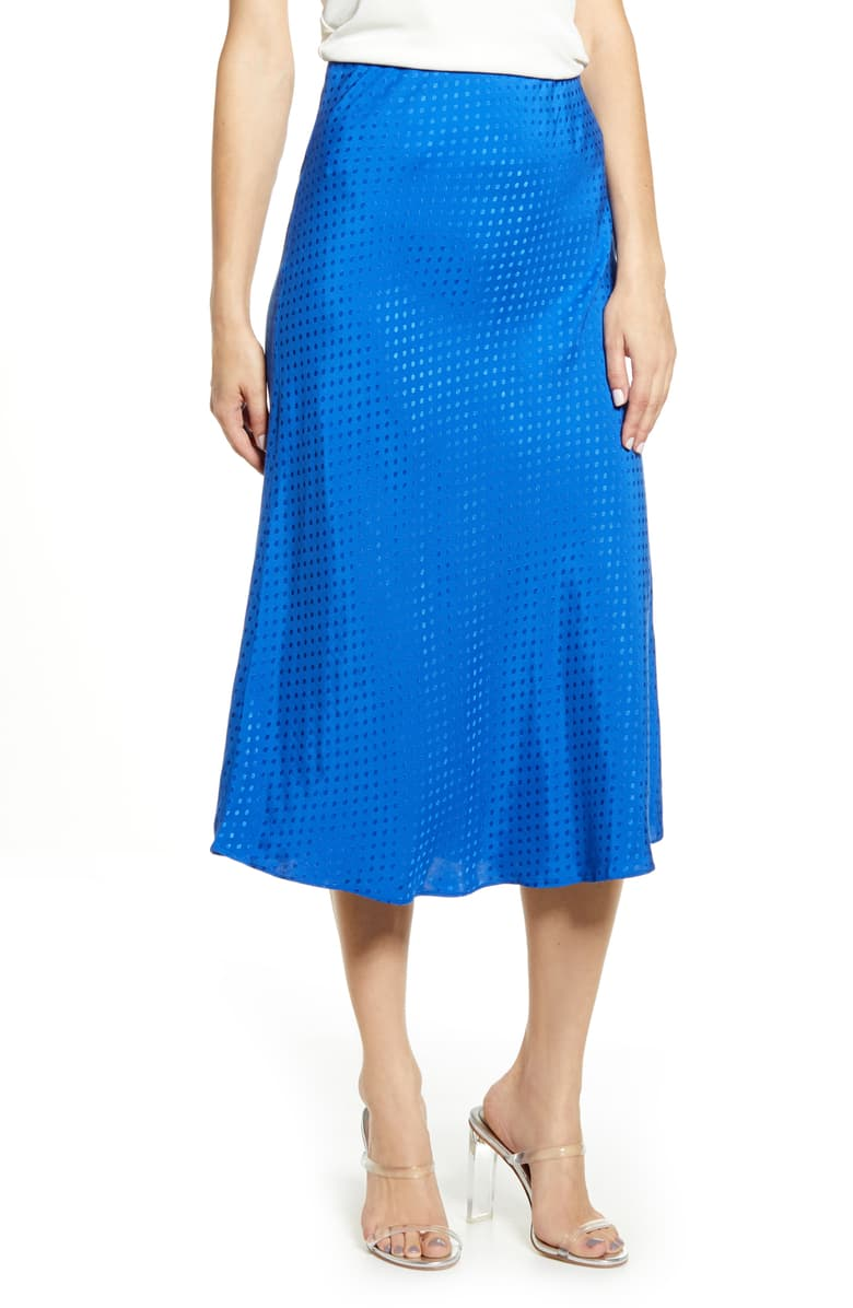 Nordstrom Shoppers *Love* This Flattering Midi Skirt (P.S. It Just Went On Sale!)