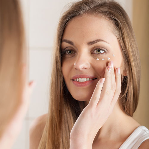 7 Dermatologist Approved Eye Creams That Work Better Than Botox