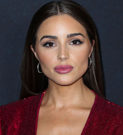 Olivia Culpo Wore A Sheer Bralette As A Top—It's Unreal!