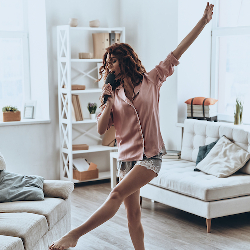 Experts Weigh In On How To Be More Confident With Your Body