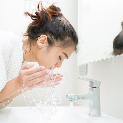 Psst! These Are The Best Facial Cleansers You Can Buy Right On Amazon