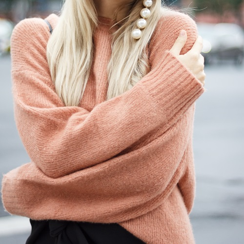 Score This Seriously Soft Topshop Sweater While It's On Sale For 50% Off