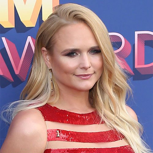 We've Never Seen Miranda Lambert Wear Something THIS High-Slit Before--Her Legs Look So Sexy!