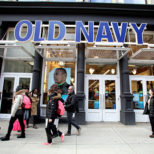 Here Is Everything We Know About Old Navy's 2019 Black Friday Sale