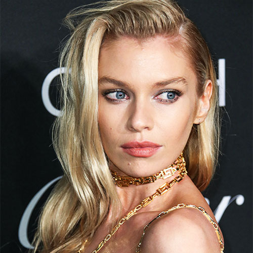 We Can't Get Over How Hot Stella Maxwell's Butt Looks In These Super Cheeky Bikini Bottoms