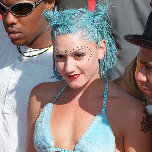 Gwen Stefani blue space buns