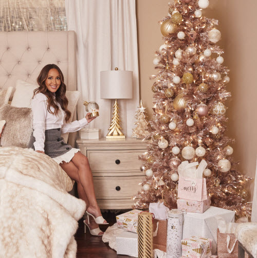 6 Holiday Decorating Tips That Will Make Your Home Feel SO Cozy This Year