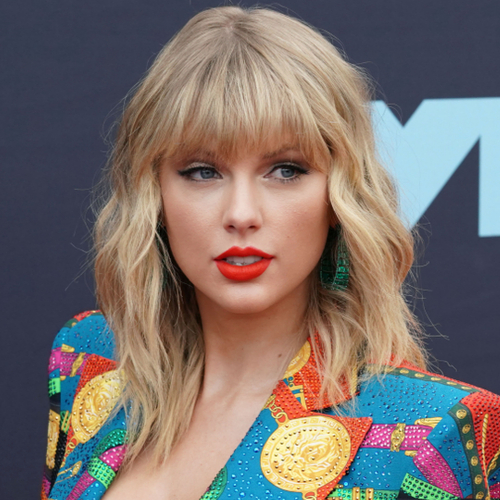 Taylor Swift Just Put It ALL On Display In This Mini Dress–She's Never Looked Better!