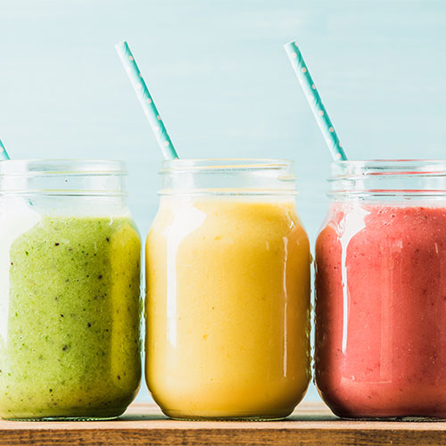 4 Anti-Inflammatory Breakfast Smoothie Recipes Doctors Swear By For A Flat Stomach