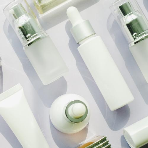 sample skincare bottles