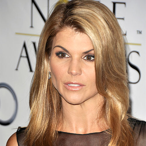 Lori Loughlin Just Got More Heartbreaking News On Her Court Case--She Must Be Freaking Out!