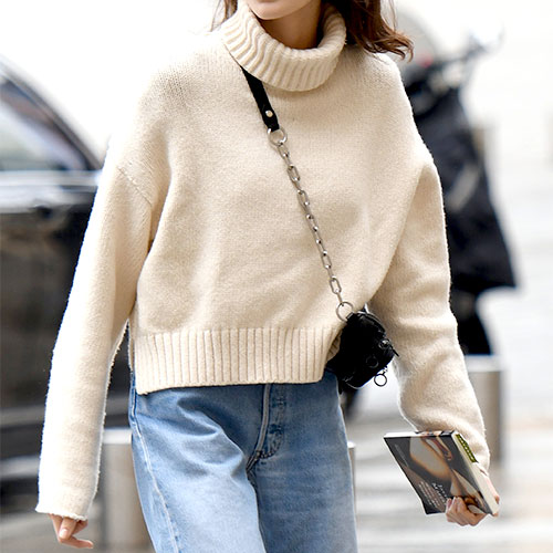You Need To Buy This Top-Rated Sweater From J.Crew Before The Price Goes Back Up