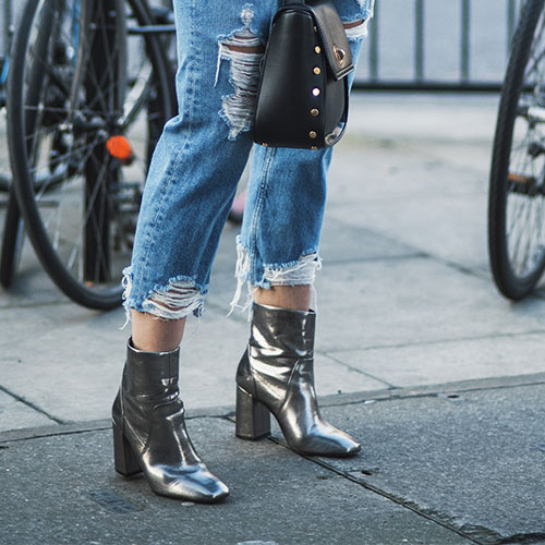 6 Pairs of Cropped Jeans Everyone Is Already Buying For Spring-- They're Under $40!