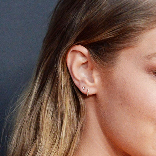 These Gold Huggie Earrings Look So Expensive--But They're Just $14 At Amazon