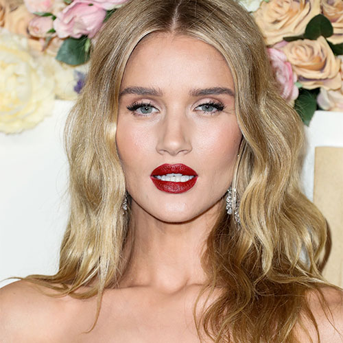 Rosie Huntington-Whitely Hasn't Worn Lingerie THIS Racy Since Her Victoria's Secret Days–Her Body Is Incredible!