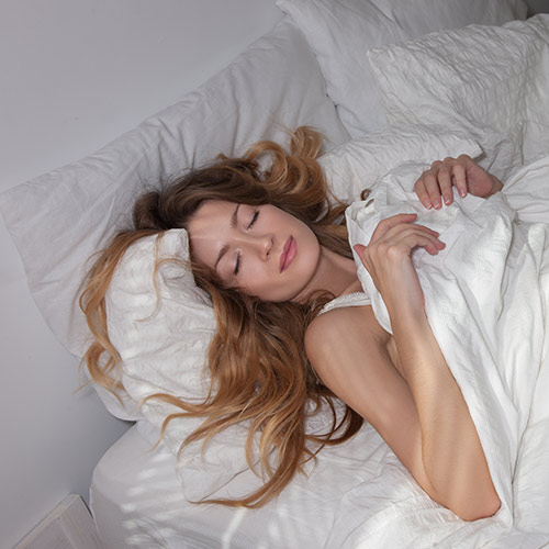 The One Thing You Should Do Before Bed To Take 10 Years Off Your Face Overnight