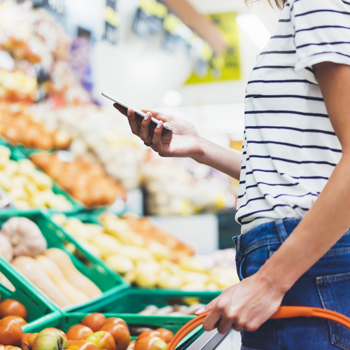 This Is The Best Way To Stay Safe At The Grocery Store, According To An Expert