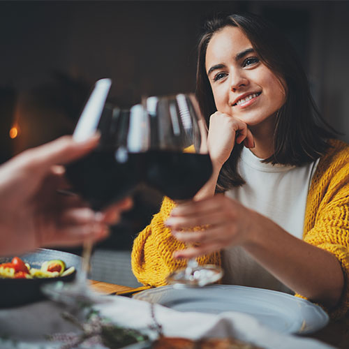 red wine worst nighttime drink for skincare and beauty that causes wrinkles