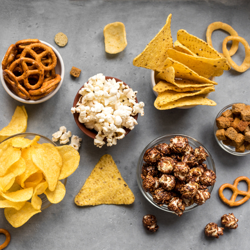 The One Thing You Should Snack On In Quarantine If You Want A Flat Stomach