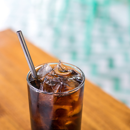 drink with straws