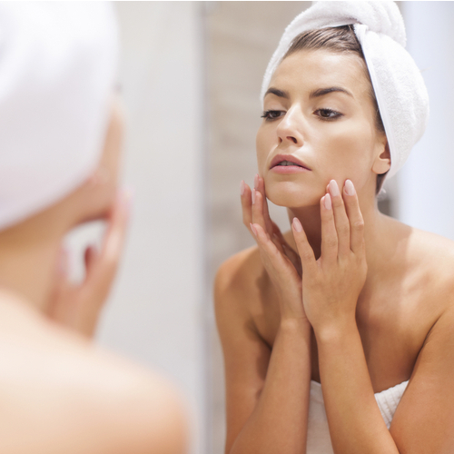 4 Neck Creams Dermatologists Swear By To Get Rid Of Wrinkles And Sagging Skin