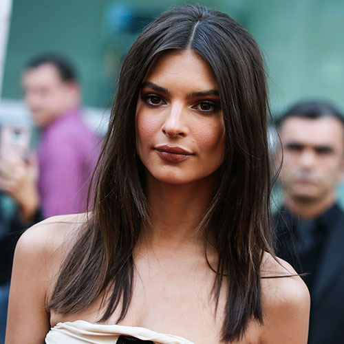 Emily Ratajkowski Just Wore A Low-Cut Silk Top That Makes Her Boobs Look Amazing-- Now We Want One!