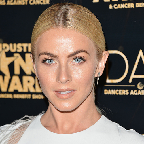 Your Jaw Is Going To Drop When You See What Julianne Hough Looks Like Now