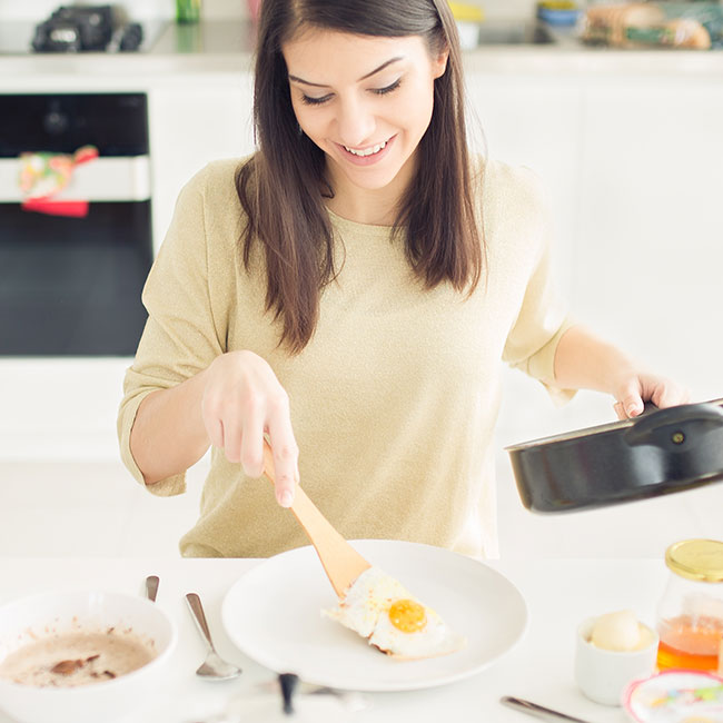 The One Thing You Should Eat First Thing In The Morning Because It Practically Guarantees Weight Loss, According To A Dietitian
