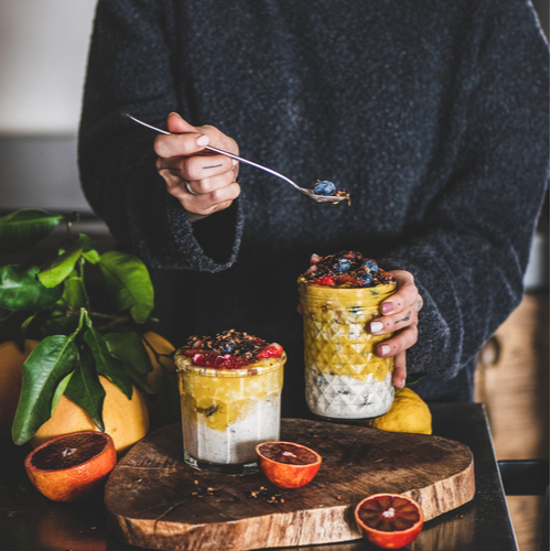 The One Overnight Oats Recipe You Should Eat Every Morning To Speed Up Your Metabolism, According To A Nutritionist