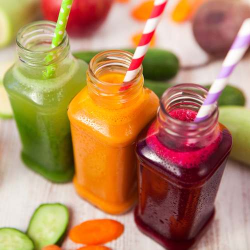 The One Detox Cleanse Experts Swear By To Melt Holiday Weight