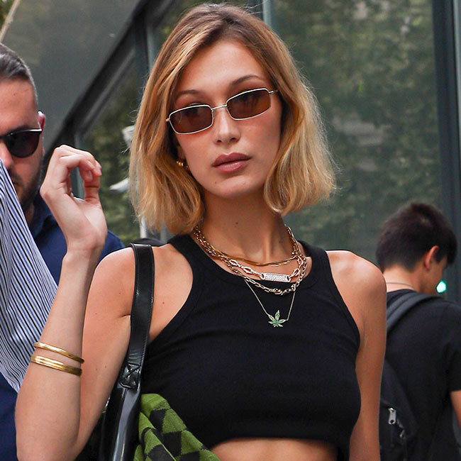 We Never Thought We'd See Tops Cropped Like THIS–But Now It's A Huge Trend!
