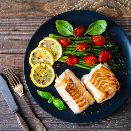 fish and asparagus dinner