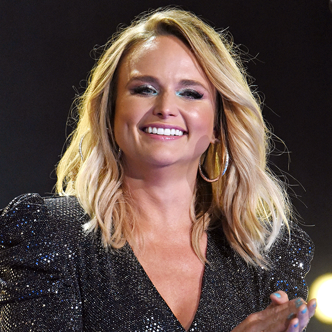 We STILL Can't Get Over The Dangerously Low-Cut Dress That Miranda Lambert Wore On The Red Carpet!