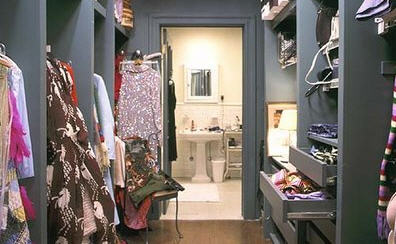 closet in sex and the city jpg 1080x810