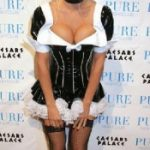 jenny-mccarthy-as-a-french-maid