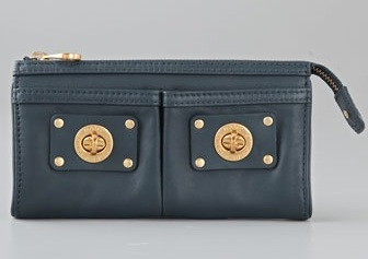b8c39e0d8a6 This Marc by Marc Jacobs Totally Turnlock Magazine Clutch Messenger Bag ...