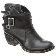 mia outlaw boot