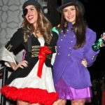 shanea-grimes-and-nina-dobrev-as-pirate-and-mad-hatter