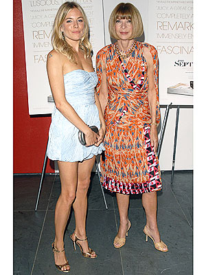 Anna Wintour and Sienna Miller at The September Issue premiere