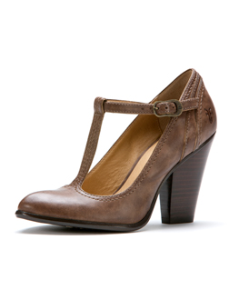 frye betty t strap pump