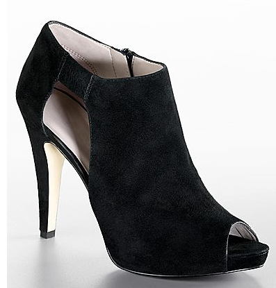 nine west phantom bootie