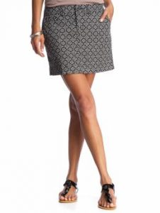 old-navy-patterned-twill-skirt