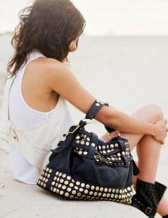 Эту совершенно очаровательную сумку от Rebecca Minkoff мне довелось...